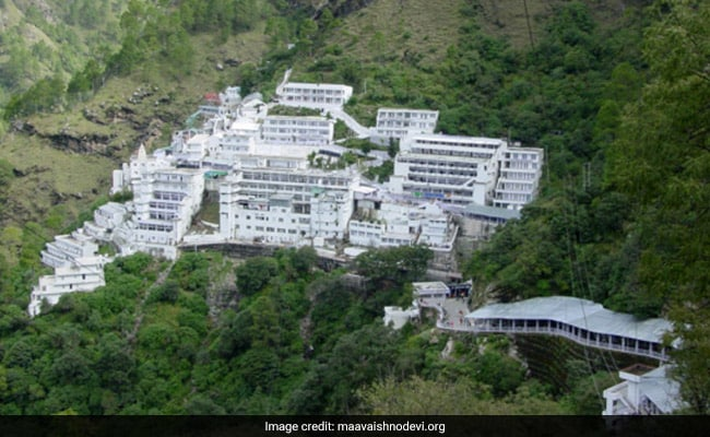 Despite Heavy Snowfall 13 Thousand People Are Reaching Every Day For The Visas Of Mata Vaishno Devi