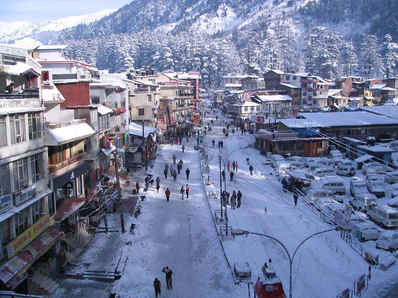 Amritsar to Manali Taxi Service