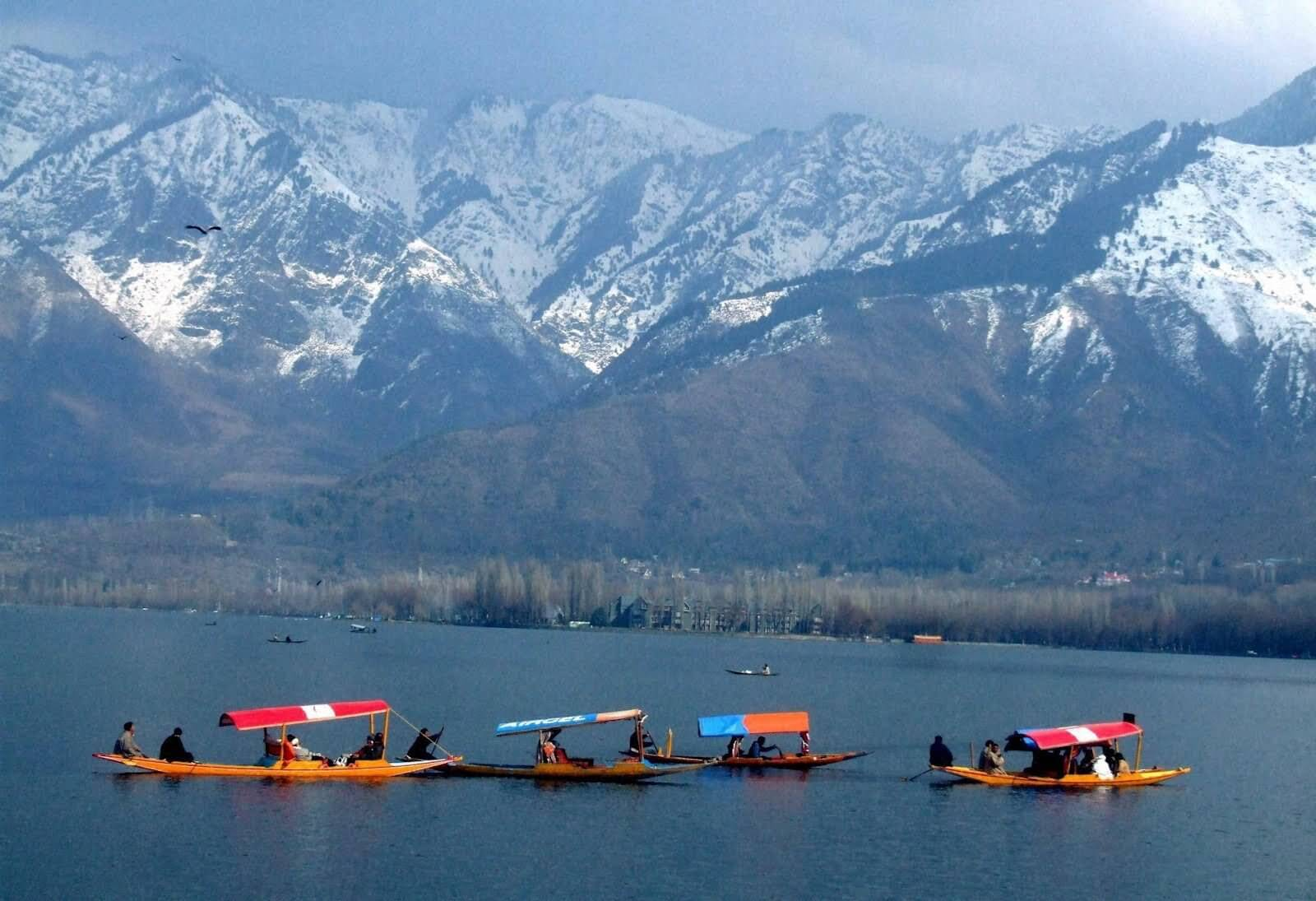 Srinagar Gulmarg Pahalgam Tour Package